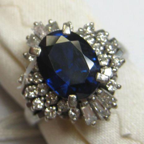 プラチナ900製 ブルーサファイア指輪