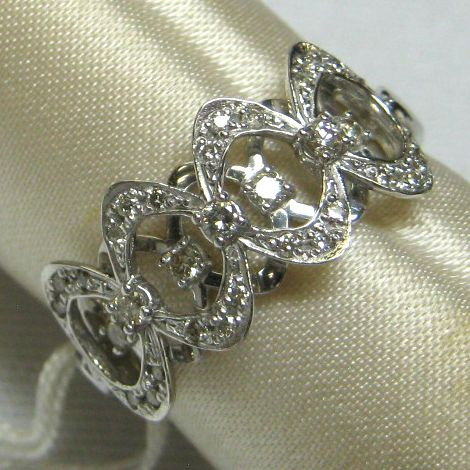 K18ホワイトゴールド ダイヤモンド指輪